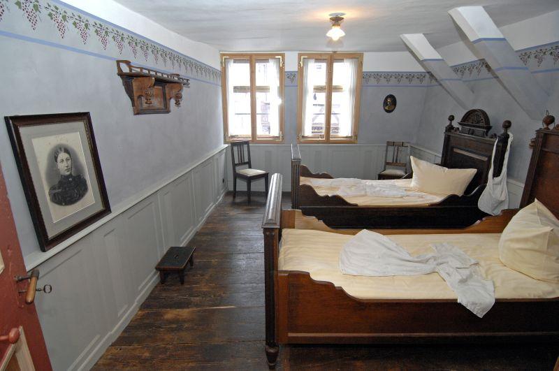 Superb Schlafzimmer Grunderzeit #5: Schlafzimmer Gründerzeit Ferienwohnung # 1, Getrennte Betten