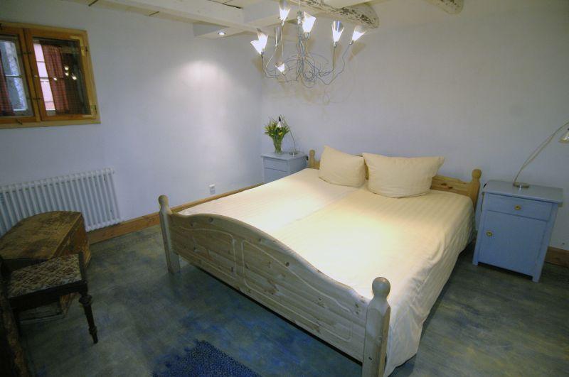 Ferienwohnung # 2 Schlafzimmer,Blick Zum Bett